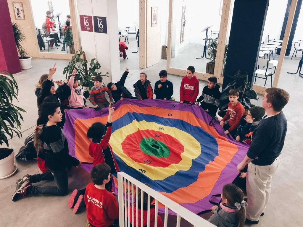 5 juegos para aprender inglés para niños academia de inglés Number 16 Zaragoza
